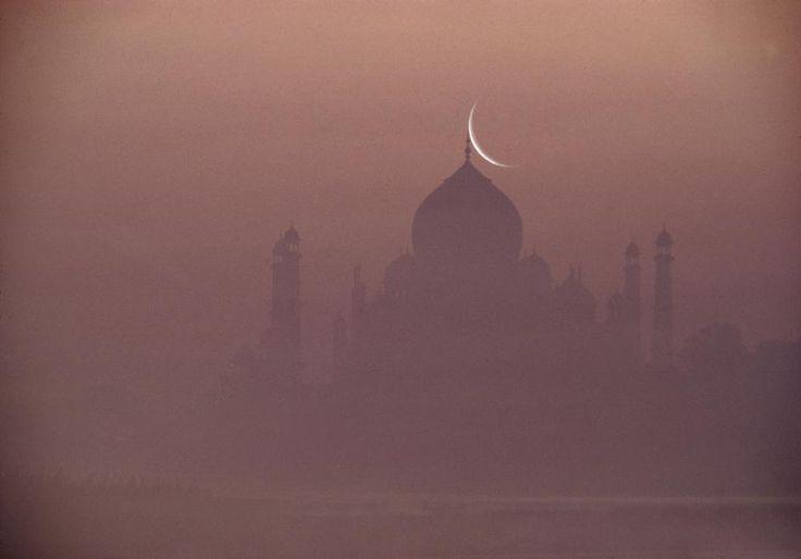 Taj Mahal 1985 Photo By Raghu Rai Beautiful Asia