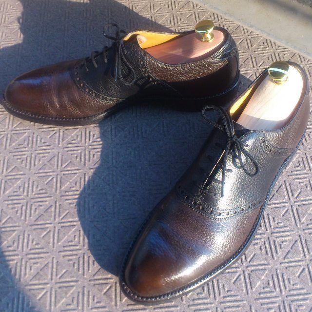 2016/05/29 09:30:27 vaguechamps Vintage Nettleton Saddle Shoes  オールデンあたりと違い、ネトルトンはアメリカ古靴好きでもなければ知らないメーカーでしょうが、昔のものは非常に高いクオリティを有しています(ローファーという名を商標登録した会社でもあります。※ソースはウィキ)。今回のこれは、AAとナローワイズなのですが、華奢な印象はなく、むしろ存在感のある妙に色気のある靴となっており、お気に入りのもの。次は、アルゴンキンが欲しいですね。  #nettleton #saddle #shoes #saddleshoes #vintage #vintageshoes #usvintage #alden #leather #leathershoes #madeinusa #70s #ネトルトン #ヴィンテージ #ヴィンテージシューズ #サドルシューズ #革靴 #紳士靴 #オールデン #アメリカ靴 #アメリカ製 #足元倶楽部