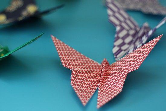 Avec la vidéo papillon origami