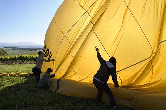 Balloons - setting up! #globalballooning #melbourne #yarravalley #seeaustralia #visitvictoria #ballooning #balloonflights #ballooning #bucketlist #proposal #victoria #australia #gift #present #romantic #romance #views #wedding #serenity #sunrise #travelling #weather