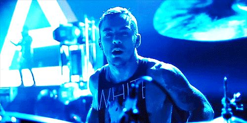 queenoftheleto: Why is this so sexy? #ShannonLeto #MARSgif