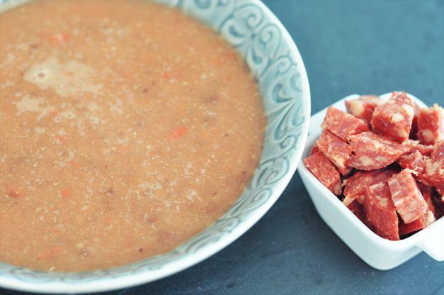 Recept: Spaanse Linzensoep met Chorizo on http://writtenbynick.nl/recept-spaanse-linzensoep-met-chorizo/