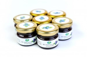 Organic jam topinambur and blueberry