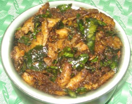 Anchovies Fry - a traditional kerala recipe made with anchovies (netholi)  http://simpleindianrecipes.com/Home/AnchoviesFry.aspx
