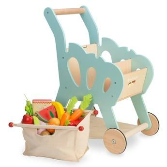 Le Toy Van Shopping Trolley with vegetables