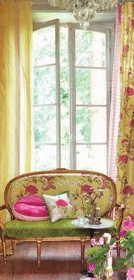 Buttercup yellow, passion pink & spring green... LOVE!
