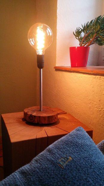 DIY Edison Bulb Table Lamp. Very Scandinavian. Love it.