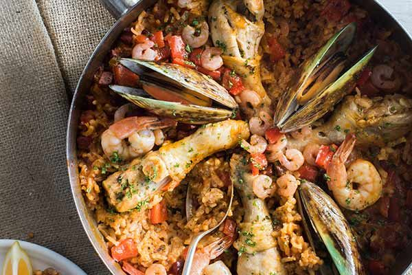 Paella – pronounced 'pah-eyah'