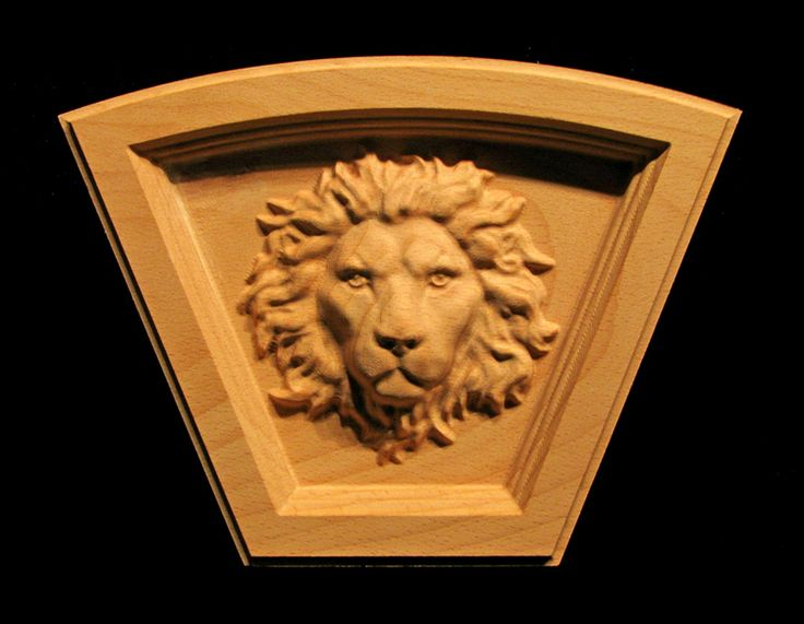 Carved Wood Keystone - Regal Lion