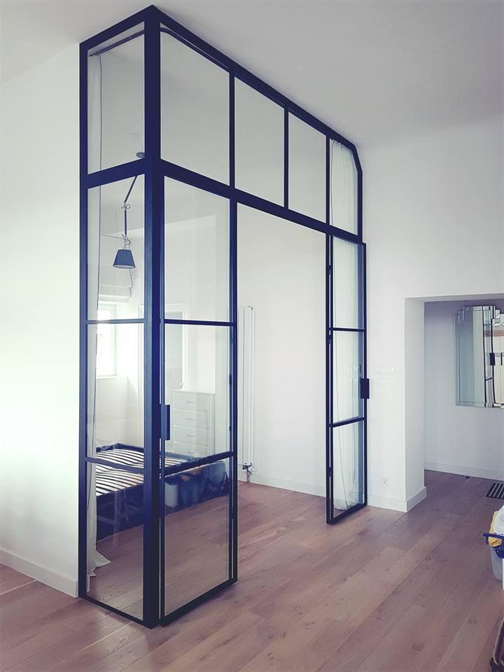 Sciana Z Drzwiami Wydzielenie Sypialni Gdel Showroom Design Interior Design Home