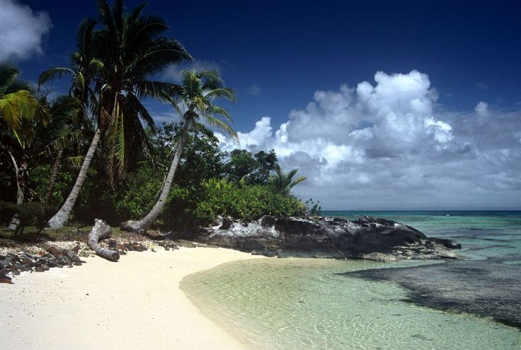 Enjoy the beautiful beaches of Madagascar! http://www.wunderbird.com/safari/droemmeferie_paa_madagaskar