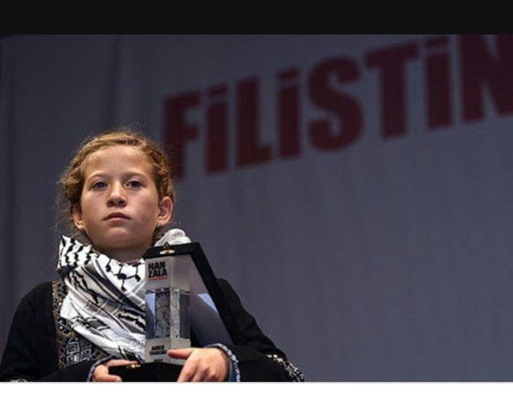 Filistin Cerkesi:Ahed Tamimi
