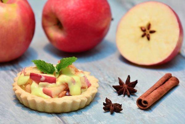 Škoricovo-jablkové tartaletky - Recept pre každého kuchára, množstvo receptov pre pečenie a varenie. Recepty pre chutný život. Slovenské jedlá a medzinárodná kuchyňa
