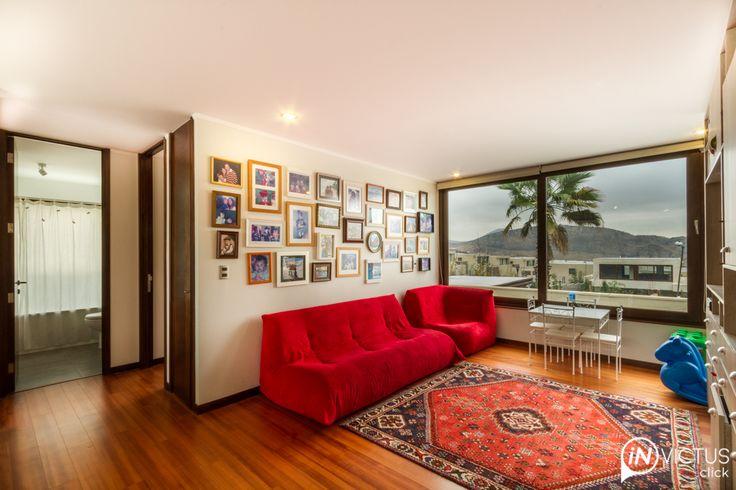 Casa mediterránea con palmeras – Invictus