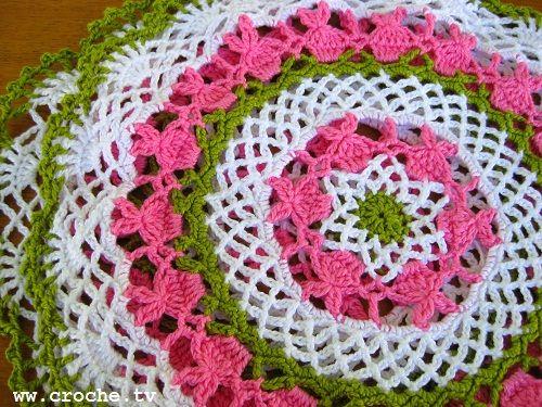 CROCHE: Toalhinha de croche coelhinho passo a passoCroche Coelhinho, Crochet Ideas, Colors Crochet, Crochet Kitchens, Coelhinho Passo, Bit Iffi, Crochet Doily Patterns, Crochet Ganchillo, Crochet Doilies Pattern