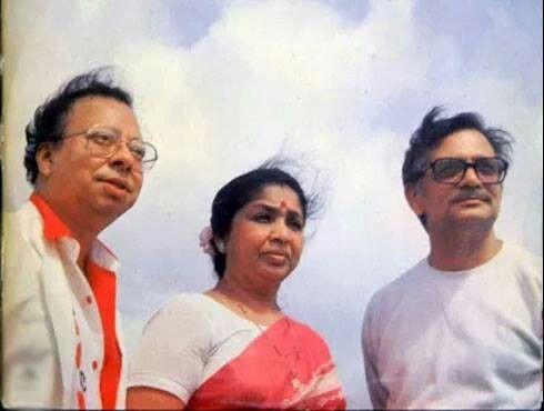 #RDBurman #AshaBhosle #Gulzar #bollywoodirect #bollywood #rarepic #legends #musician #singer #lyricist #poet #great