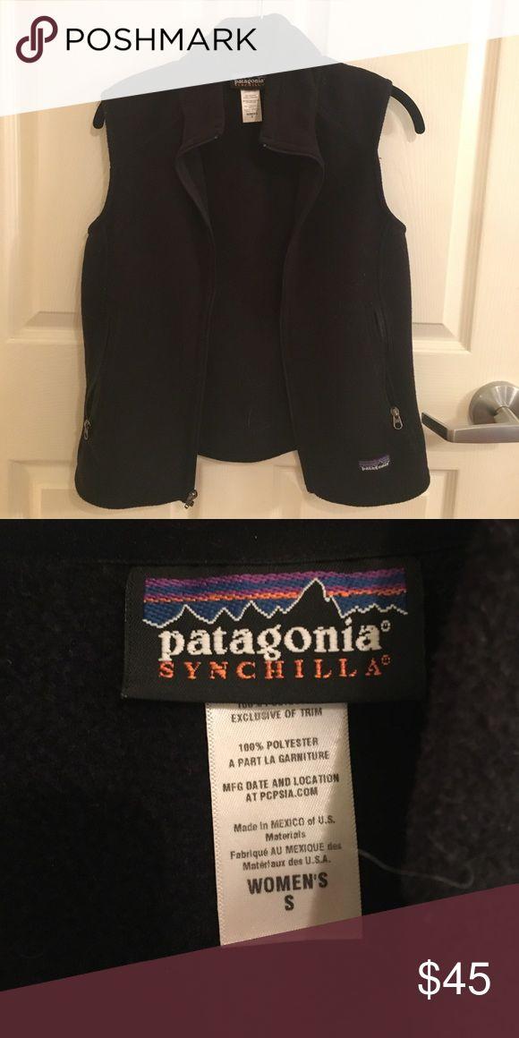 Black Patagonia fleece vest (small) Black Patagonia fleece vest (small) Patagonia Sweaters