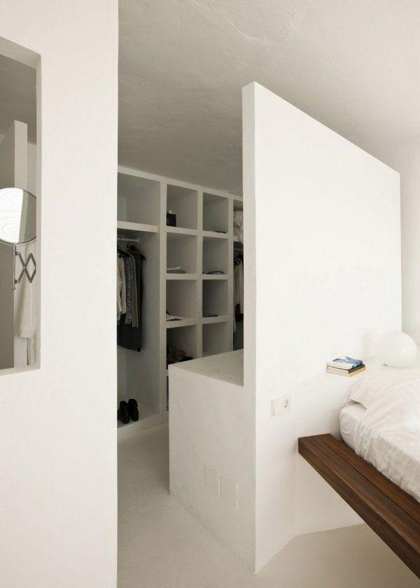 un dressing ouvert pour all ger la d co assaisonnement. Black Bedroom Furniture Sets. Home Design Ideas