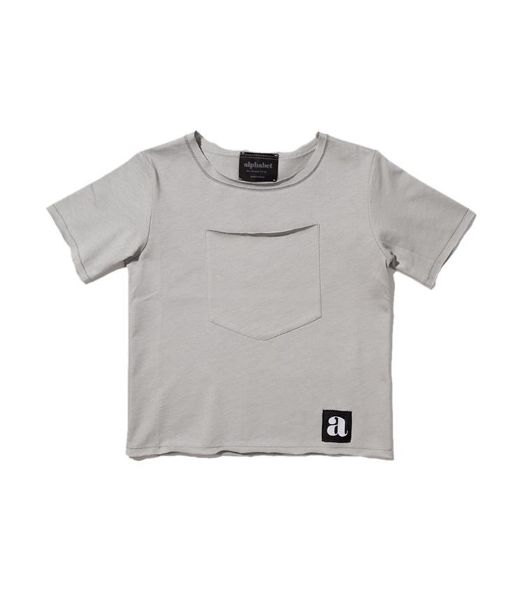 Gray pocket t-sirt
