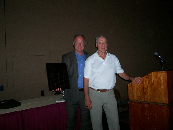 PHPA Executive Director Larry Landon presents Arlo Goodwin with the 2010 PHPA Distinguished Member Award.