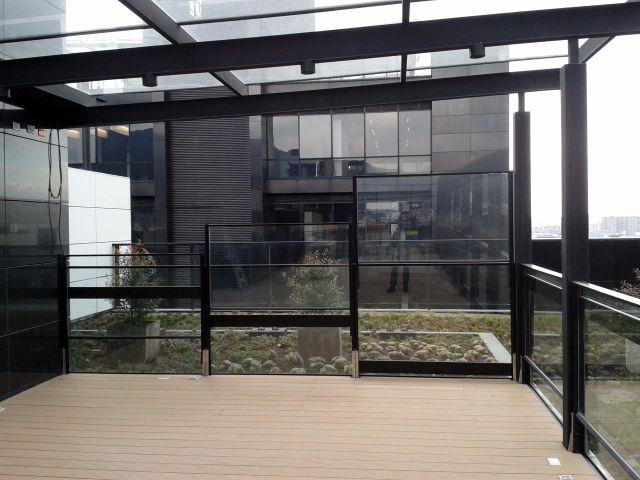 Proyecto Yanbal Bogotá, ventanas Svalson ajustables verticalmente