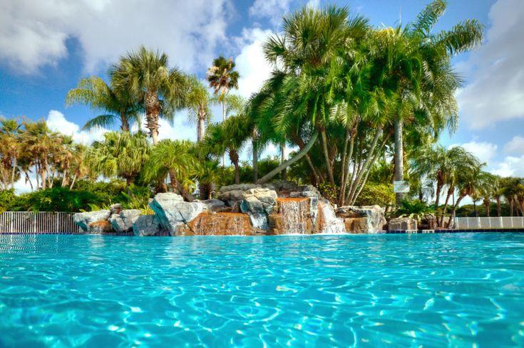 Wil jij je ook een keer miljonair voelen? Dat kan nu in deze typisch Amerikaanse villa's met privé zwembad in Orlando, Florida! Ga naar Disney Land, Universal Studios en neem een kijkje in Downtown Orlando. Voor 9 dagen al vanaf €549!