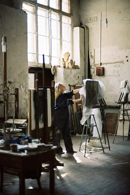 фото в мастерских московских художников полях зреет