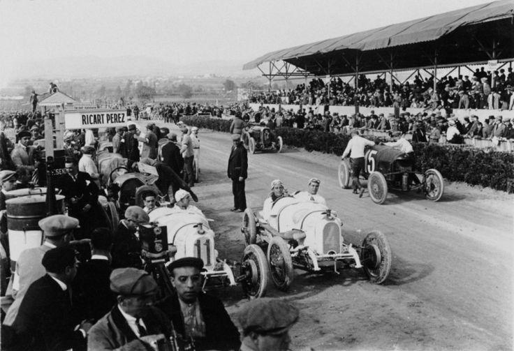 Ambient abans de la sortida del GP Penya Rhin de 1921. Circuit de Vilafranca del Penedés