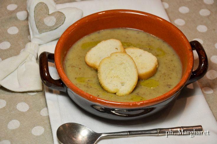 Zuppa cremosa di patate e lenticchie
