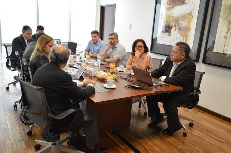 <p>Chihuahua, Chih.- Como parte de los trabajos para lograr una transición armoniosa y tersa de las Juntas de Conciliación y Arbitraje
