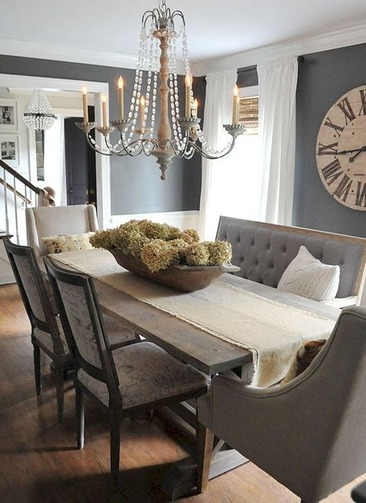 Stylish Farmhouse Dining Room Table Decorating Ideas 18