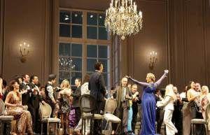 La Traviata alla Scala: conservazione versus innovazione.