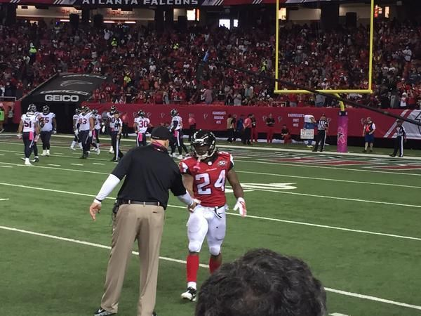 By Chris Cluxton (@Cluxton24) Atlanta, GA.- Devonta Freeman had 68 yards rushing on 14 carries, including three touchdowns, as the Atlanta Falcons steamrolled past the Houston Texans 48-21 on Sunday afternoon at the Georgia Dome. FINAL #HOUvsATL pic.twitter.com/bZoREjFdU6 — Atlanta Falcons (@AtlantaFalcons) October 4, 2015 With the three rushing scores, Freeman not only became the first…
