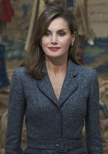 http://www.newmyroyals.com/2017/11/queen-letizia-presented-reina-letizia.html