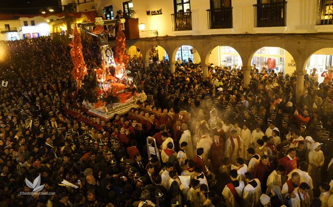 Celebrations begin on the Friday before Palm Sunday and continue for 10 days until Easter Sunday. The Friday before Palm Sunday is marked by a procession in honor of La Virgen de los Dolores (Our Lady of Sorrows), during which it is customary to inflict 'sorrows' on bystanders by firing pebbles out of slingshots.