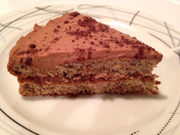 Voici une de mes premières adaptations d'une recette TRÈS AIMÉE de ma famille pour en faire une recette paléo. Comme la patisserie est de la chimie, on ne peut pas tout modifier comme on le v…