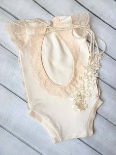 Cod243Newborn Lace Romper baby bloomerbaby by 4LittlePrincessProps