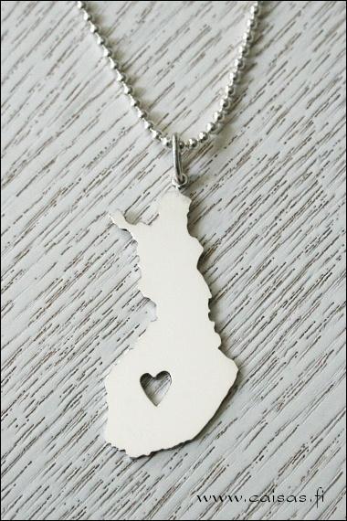 Suomi <3 pendant. Silver.