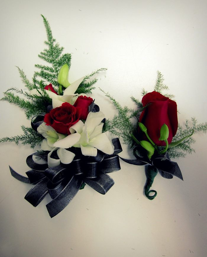 Wedding Flowers Corsage Ideas: Elegant Wrist Corsage Created With Red Roses And White