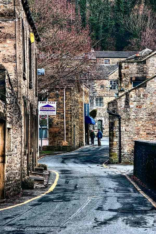 Winding road in Settle, North Yorkshire_ England