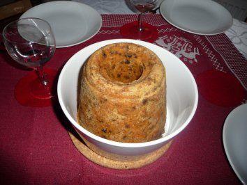 Plumpudding - Traditionell bei uns am 24. nach dem Essen, mit Weinschaumsoße serviert