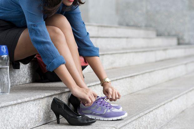 Best Work Shoes For Sore Heels