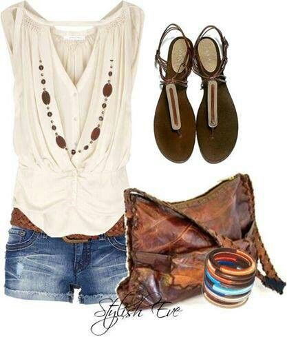 boho chic outfit. Clothing combination in hippie style. For more follow www.pinterest.com/ninayay and stay positively #pinspired #pinspire @ninayay