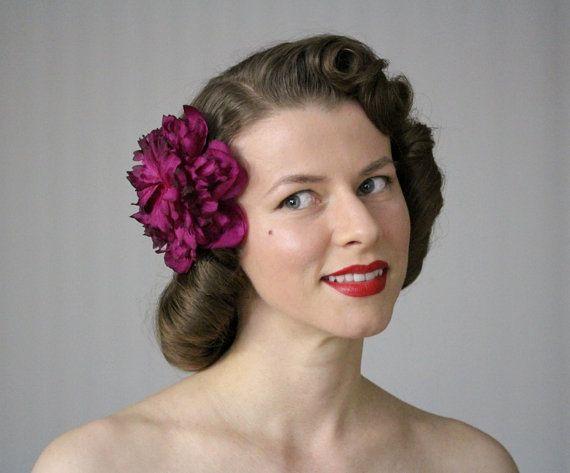Fiore magenta capelli Clip Fascinator fucsia di ChatterBlossom