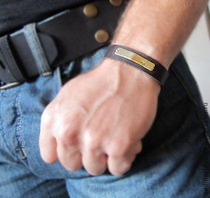 Мужской браслет с именем. Кожаный браслет для мужчин..