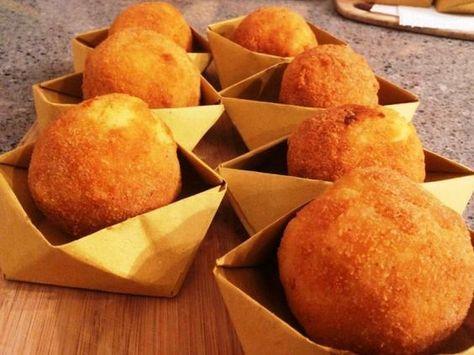 arancine palermitane ricetta originale siciliana carta cartoccio street food panatura arancina