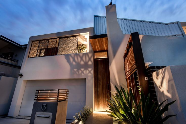 Union Street Residence by Chindarsi Architects / Mondoluce Lighting Award / Photography by Dion Robeson