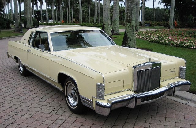 1979 lincoln town coupe lincoln pinterest coupe for Lincoln motor car company