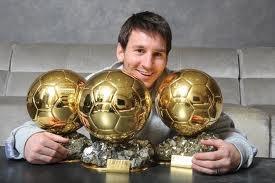 Leonel Messi y sus tres balones de oro.