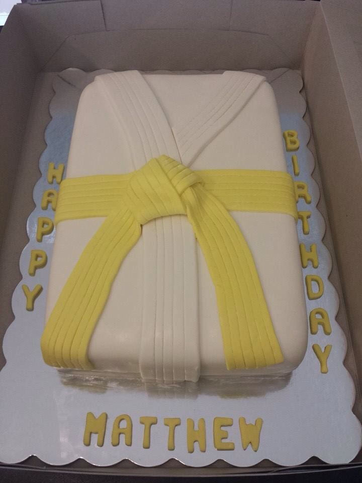 Yellow Belt Karate Cake My Baking Skills Pinterest